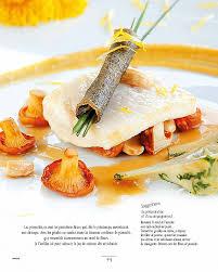 cuisiner le pissenlit cuisiner les pissenlits amazon recettes d été régis marcon