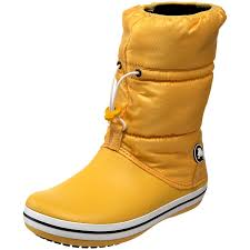 womens winter boots amazon com crocs s crocband winter boot canary canary 6