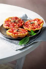 cuisiner les tomates cerises mini tatins de tomates cerises larousse cuisine pizza