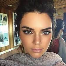 light blue eye contacts pic kendall jenner s blue eyes see new contacts her makeover