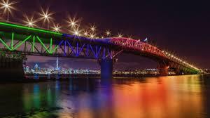Bay Bridge Light Show The 10m Light Show Auckland Harbour Bridge Set To Be Lit Up Nz