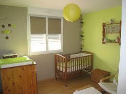 chambre enfant verte chambre bébé vert anis et taupe photo de décoration maison