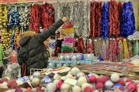 Cheap Christmas Decorations In Uk by Buy Christmas Decorations Learntoride Co
