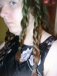twist braid hairstyles looks pretty and charming with a