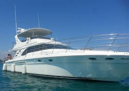 chicago party rentals yacht rental chicago cruise lake michigan on a yacht today