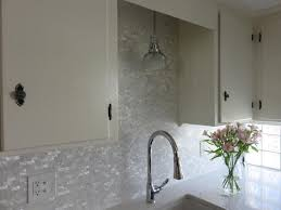 Pearl Tile Backsplash by 257 Best Wall Tile Glass And Mother Of Pearl Wall Tile Images On