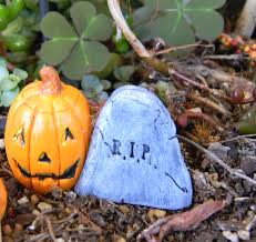 dollhouse fairy garden halloween decoration rip tombstone