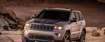 jeep grand cherokee interior 2018 2018 jeep grand cherokee release date price review trailhawk srt