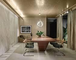 Uma Floor L Aluminio E Marmore Uma Das Paredes E O Teto Da Sala De Jantar