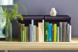 homelife how to make a faux bookshelf from book spines