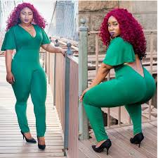 thick and curvy nigerian thrills with her banging body shape