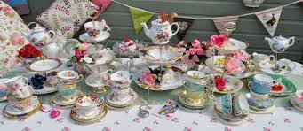 vintage tea set cake stand heaven mismatched teacups and cake stands for a