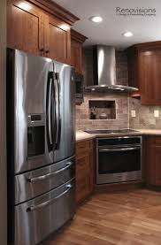 Tile Backsplash In Kitchen Best 25 Cherry Cabinets Ideas On Pinterest Cherry Kitchen