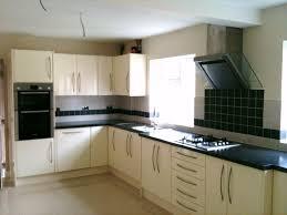 gloss kitchen tile ideas best 25 gloss kitchen ideas on kitchen