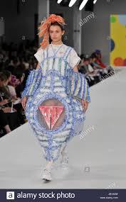 college fashion stock photos u0026 college fashion