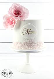 1 tier cake for mum adorned with beautiful hand made sugar