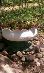 Garden Tips And Ideas Tire Garden Ideas Creative Gardening Tips Plant Container From