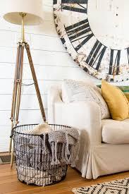 Fleece Throws For Sofas Best 25 Blanket Basket Ideas On Pinterest Blanket Storage Cozy