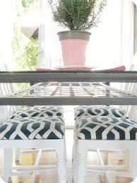 5 navy blue and white chic contemporary diy projects