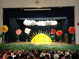 Promotion Decorations Stage Backdrop For The Students Graduating Balloon Walls And