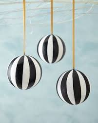 h8fty foster co large gold stripe ornaments