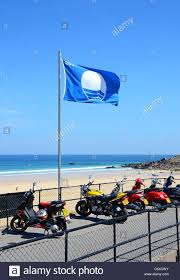 Uk Beach Flags Blue Flag Award Beach Flag Stockfotos U0026 Blue Flag Award Beach Flag