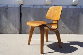 Eames Dining Chair Vintage Oak Dcw Dining Chair By Eames For Herman Miller For Sale