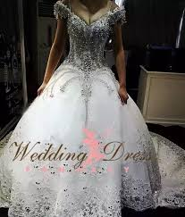 cost of wedding dress how much does a wedding dress cost quora