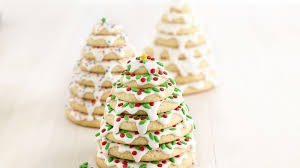 3d christmas tree cookie stacks recipe bettycrocker com