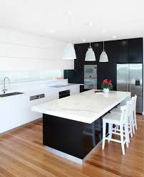Corian Bench Top This Beautiful Kitchen Located In Mosman Sydney Features A Marble