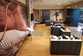 Aaa Business Interiors This Timberland Store Cycles Exhibits Like An Art Gallery