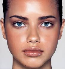 8 makeup tricks to slim your face adriana lima lima and face