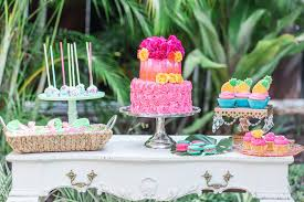Wedding Dessert Table Friday Find It 5 Unique Wedding Dessert Tables Ideas Marry Me