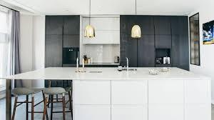 en cuisine avec cuisine îlot central plans conseils d aménagement photos