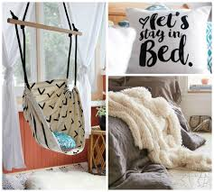 How To Make Your Bedroom Cozy by 10 Things That U0027ll Make Your Bedroom Super Cozy