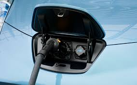 nissan leaf key not detected automated nissan leaf parks itself watches for bad guys