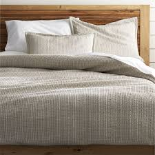 How To Change A Duvet Cover Tessa Duvet Covers And Pillow Shams Crate And Barrel