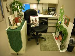 themed office decor chic small home office cubicle decoration christmas green theme