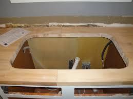 pose d un plan de travail cuisine installer un évier sous plan consobrico com