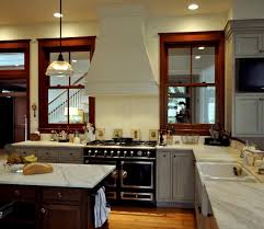 white kitchen cabinets wood trim the stained wood trim stays 16 wall colors to make it sing
