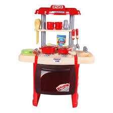 jouer cuisine joue un jeu de rôle de famille jouer cuisine ustensiles de