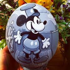 mickey mouse easter egg between the pages mickey mouse