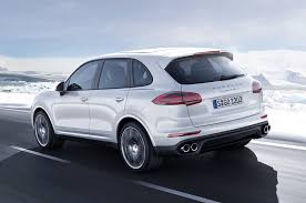 porsche suv 2015 2016 porsche cayenne reviews and rating motor trend