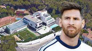 New Houses That Look Like Old Houses by Lionel Messi U0027s House In Barcelona Inside U0026 Outside Design 2017