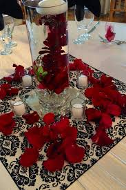 Centerpieces For Sweet 16 Parties by 38 Best Red Black And White Centerpieces Images On Pinterest