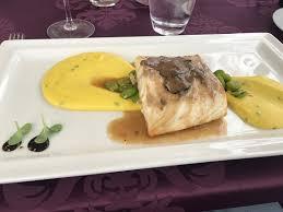 cuisine au safran filet de poisson avec une purée au safran picture of restaurant
