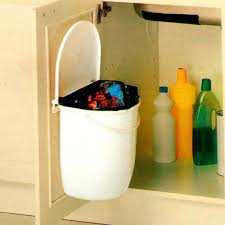 porte de la cuisine poubelle cuisine porte placard poubelle 355 litres cuisine