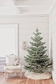 master u0027s class holiday decorating on a budget the accent