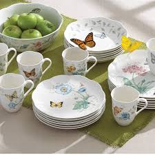 amazon com lenox butterfly meadow 18 piece dinnerware set
