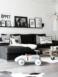 White And Black Sofa Set by Best 25 Black Couches Ideas On Pinterest Black Couch Decor